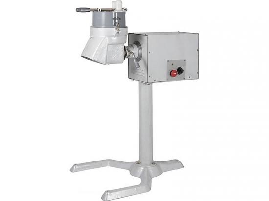 Универсальная кухонная машина УКМ-06